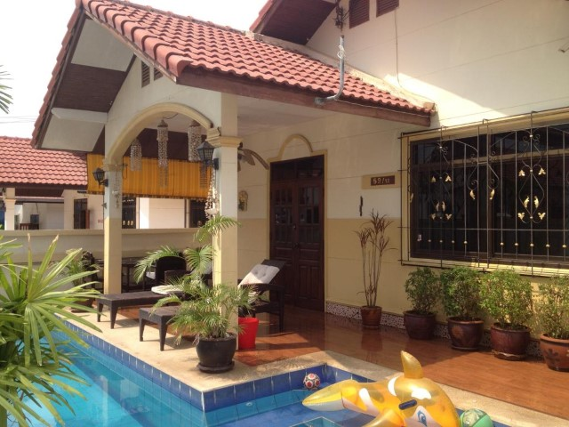 baan suay mai ngam house for rent in East Pattaya