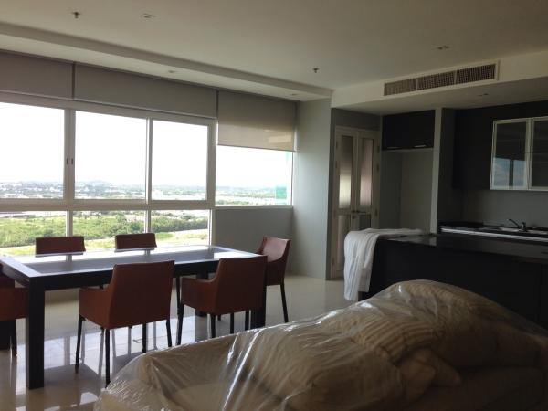 3 bedroom beachfront condo for sale & rent to rent in Wong Amat Pattaya