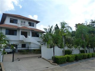 Paradise Villa 1 House East Pattaya