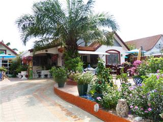 Wattana Villa House for Sale House Nernplubwan