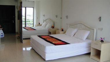 Siam Properties Co.Ltd. View Talay 2 Condominiums for sale in Jomtien Pattaya