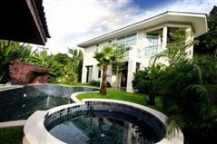 Beach Front exclusive Home! House Na Jomtien