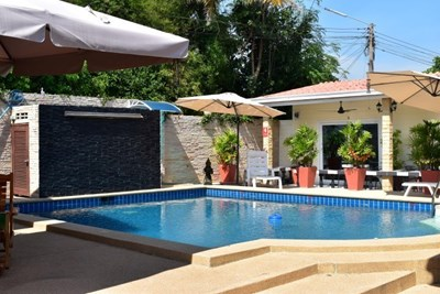 Guesthouse for sale at Na Jomtien - Commercial - Na Jomtien - Na Jomtien