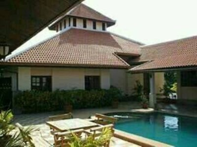Attractive Bali-style Villa with Pool - House - Pattaya East - Mabprachan