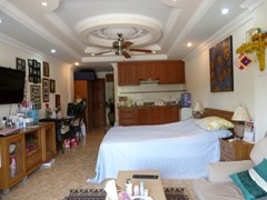 holiday condo view para la venta en Pratumnak Pattaya