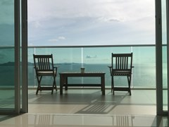 movenpick hotel&residence Condominiums to rent in Ban Amphur Pattaya