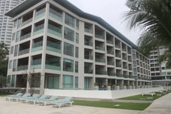 ananya beachfront condominium wongamat phases 3 & 4 for sale in Wong Amat Pattaya