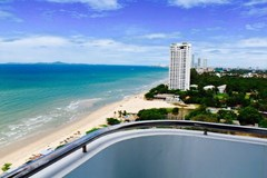 pattaya beach front condo สำหรับขาย ใน บ้านอำเภอ พัทยา