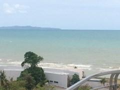 la royale beach condo to rent in Na Jomtien Pattaya