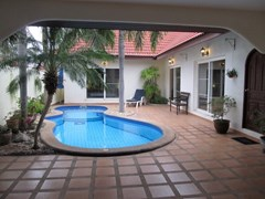 nirvana pool villa 1 house for rent in East Pattaya