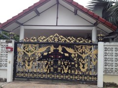 pattaya land&house house for sale in East Pattaya
