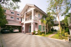 luxury house for rent hus att hyra rent East Pattaya