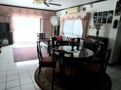 inner city living house for rent in South Pattaya