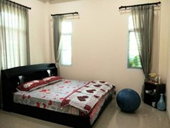 navy house house for rent in Ban Amphur