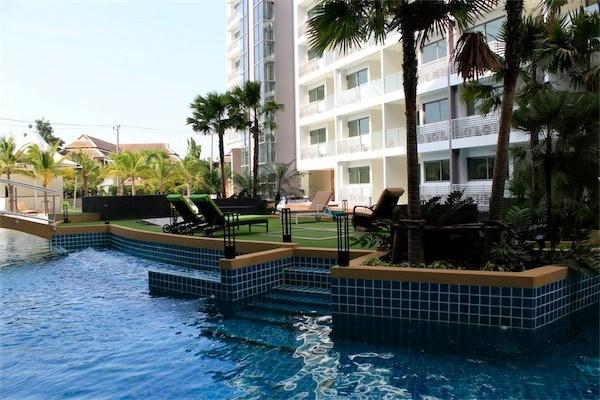 Laguna beach resort condominium jomtien pattaya real for Laguna beach properties for sale