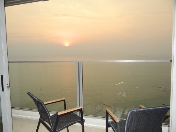 Siam Properties Co.Ltd. Northpoint Condominium   to rent in Wong Amat Pattaya