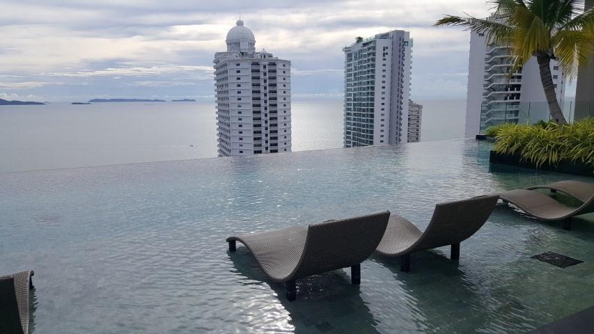 Siam Properties Co.Ltd. naklua apartment for sale at the riviera wongamat Condominiums to rent in Naklua Pattaya