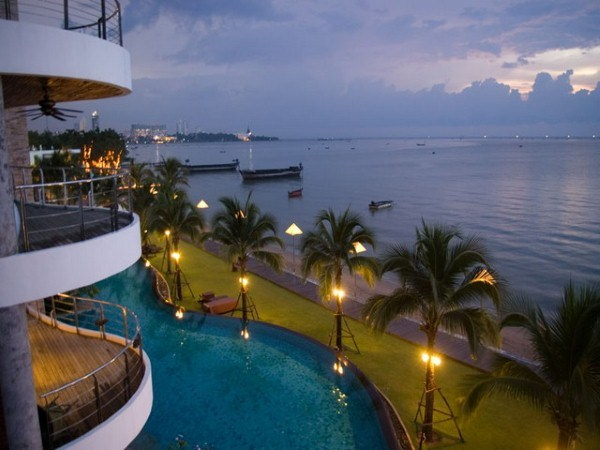 Siam Properties Pattaya Co.Ltd Ananya Naklua Phases 1 & 2 Condominiums te koop In Wong Amat Pattaya