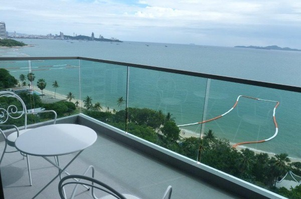 Siam Properties Co.Ltd. Wong Amat Tower Condominiums for sale in Wong Amat Pattaya