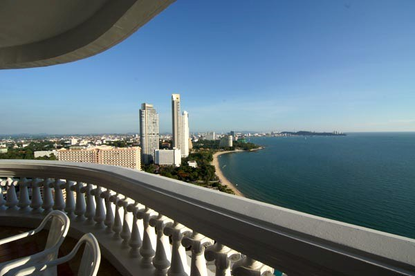 Siam Properties Co.Ltd. condo for rent in wong amart pattay  to rent in Wong Amat Pattaya