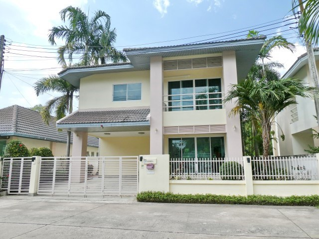 The Meadows Village Pattaya - House - Pattaya East - Pattaya East