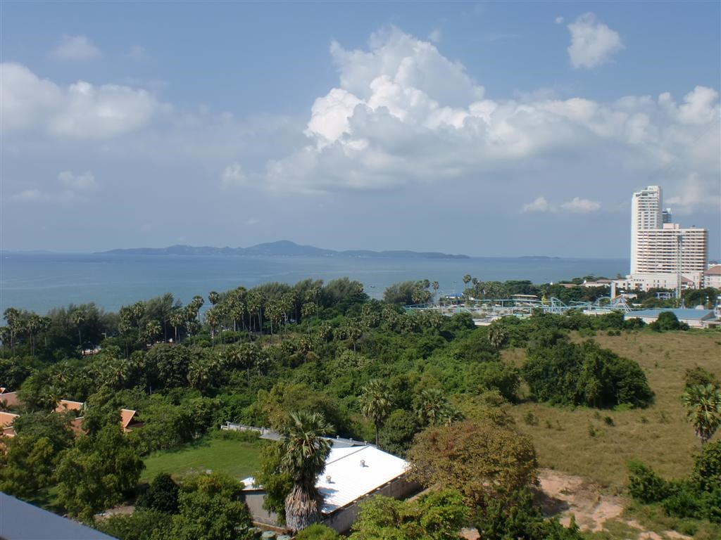 pic-9-Siam Properties Co.Ltd. side-by-side jomtien studios Condominiums for sale in Jomtien Pattaya