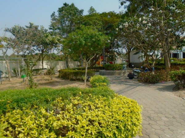 pic-11-Siam Properties Co.Ltd. Baan Suan Lalana Condominiums for sale in Jomtien Pattaya