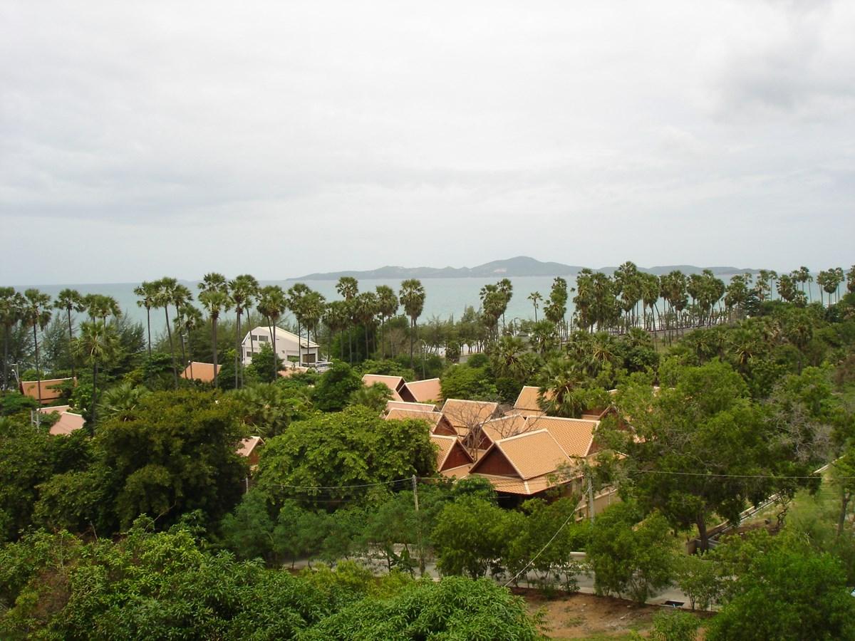 pic-11-Siam Properties Pattaya Co.Ltd side-by-side jomtien studios Condominiums for sale in Jomtien Pattaya