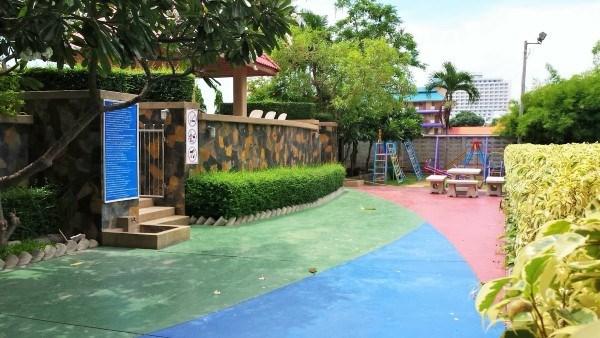 pic-14-Siam Properties Co.Ltd. rim had s2 Condominiums till salu i Jomtien Pattaya