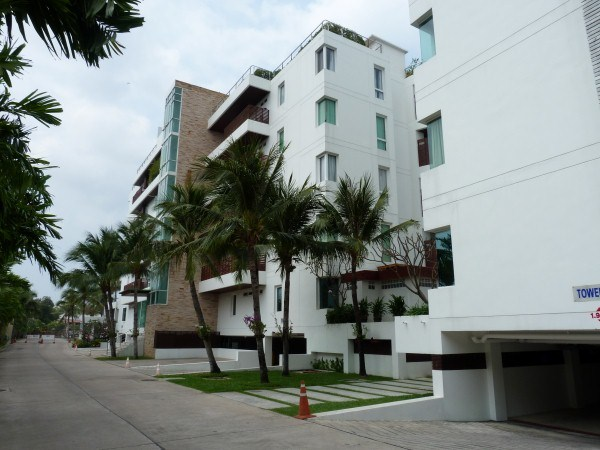 pic-3-Siam Properties Pattaya Co.Ltd Ananya Naklua Phases 1 & 2 Condominiums à vendre Dans Wong Amat Pattaya