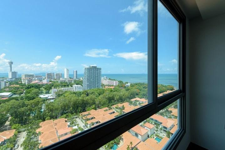 the peak towers Condominiums for sale in Pratumnak Pattaya