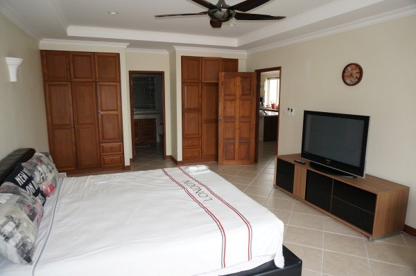 view talay residence 1 Condominiums for sale in Jomtien Pattaya