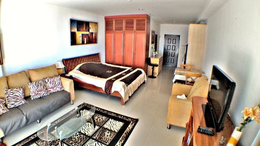 view talay marina beach condo 8 for sale in Jomtien Pattaya