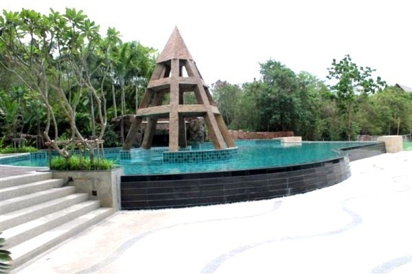 pic-9-Siam Properties Co.Ltd. Club Royal Condominiums to rent in Wong Amat Pattaya